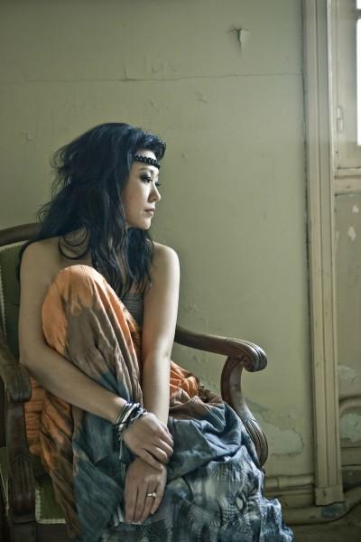 same-girl-2010-4-Sung-Yull-Nah-400x600