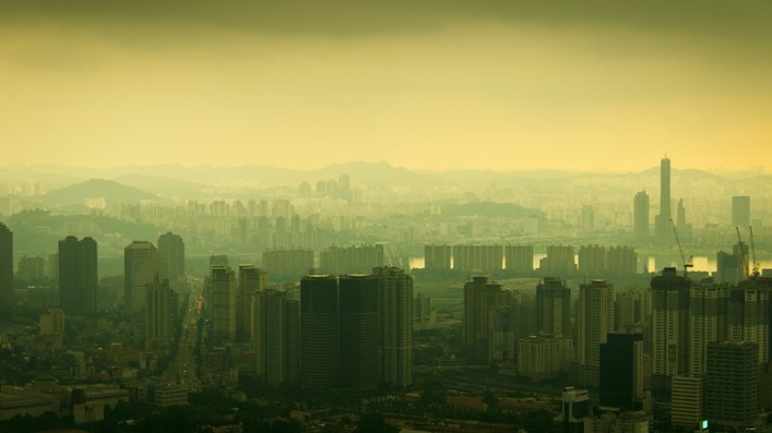 Seoul pollution Johan Kok - istock
